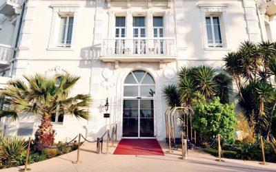 Hôtel : Le grand Hôtel des Sablettes plage